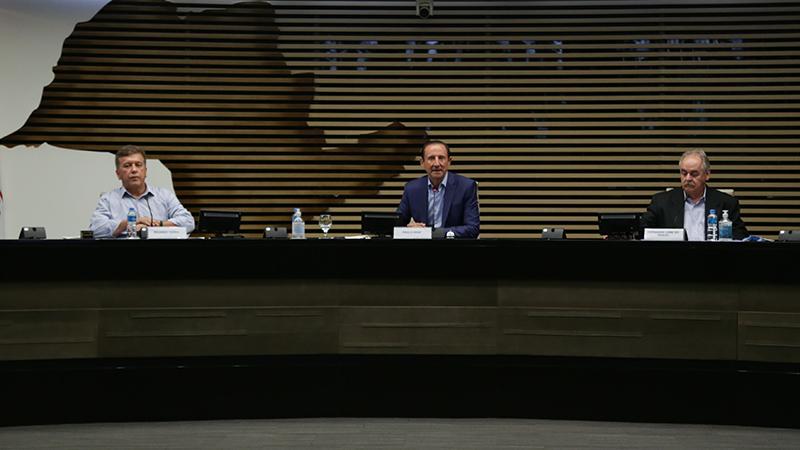 O evento on-line contou a participação do Ministro da Educação, do presidente do Senai-SP, e de representantes das principais instituições de ensino do Brasil e uma das mais renomadas da Europa, o BIBB