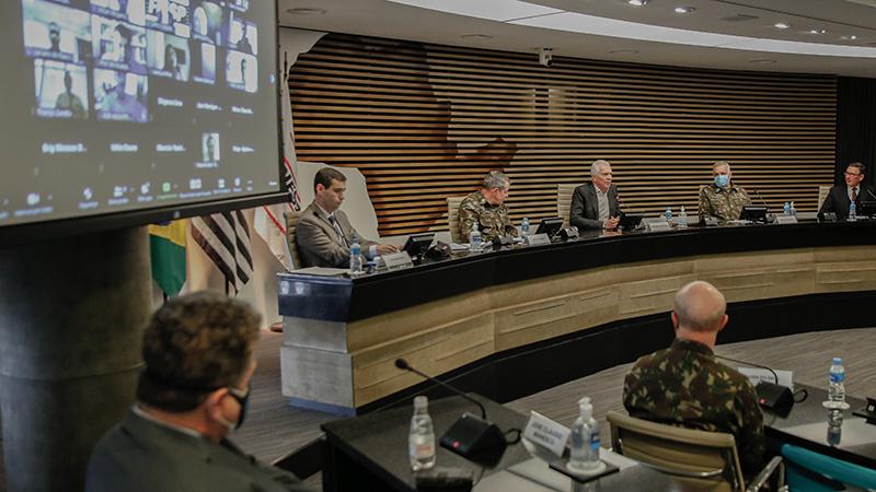 Em reunião do Deseg e do Simde, realizada por videoconferência, o oficial listou as iniciativas do Exército Brasileiro e traçou um panorama das inúmeras atribuições do Comando Militar do Sudeste, inclusive Operação Covid-19