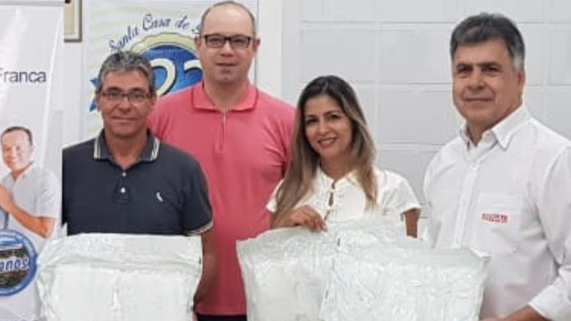 Senai entregou 5 mil máscaras à Santa Casa de Franca