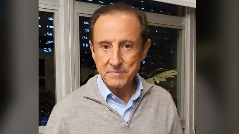 Presidente da Fiesp e do Ciesp, Paulo Skaf, descreve mobilização da indústria têxtil brasileira para produzir 100 milhões de máscaras cirúrgicas por mês. Confira no vídeo