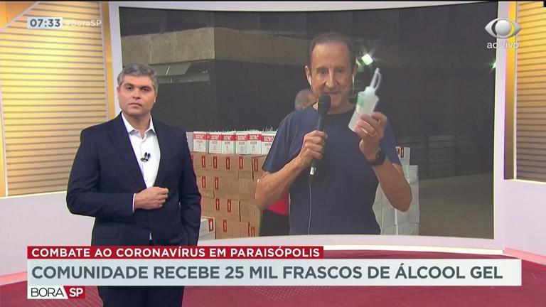 Paulo Skaf, presidente do Senai-SP, entregou os primeiros 25 mil frascos produzidos pela entidade para comunidade da zona sul da capital paulista. No total, serão fabricados um milhão de unidades