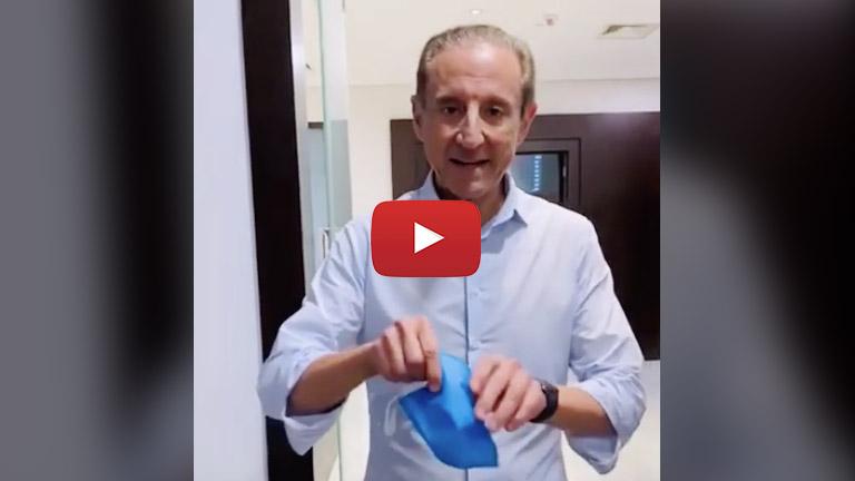 O Dr. José Medina, coord. do comitê de gerenciamento de crise da Covid-19 da Fiesp/Ciesp/Sesi/Senai/IRS e diretor do Hospital do Rim, traz orientações importantes sobre o uso de máscara.