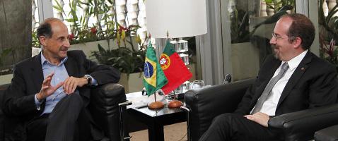 Presidente da Fiesp, Paulo Skaf, recebe o ministro de Economia de Portugal, Álvaro Santos Pereira. Foto: Junior Ruiz