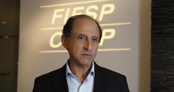 Paulo Skaf fala sobre redução de juros bancários. Foto: Junior Ruiz