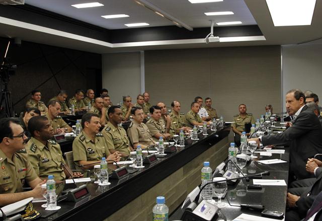 Skaf recebe a Escola de Comando e Estado Maior do Exército na Fiesp. Foto: Junior Ruiz/Fiesp