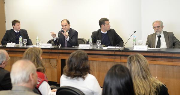 Dr. Marcelo Buzaglo Dantas esclarece mudanças no Código Florestal em reunião com o Grupo de Estudos de Direito Ambiental da Fiesp/Ciesp. Foto: Everton Amaro/Fiesp