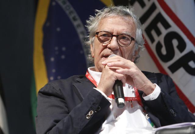 """Francini: """"É necessário um plano para a reindustrialização e a revisão da politica tarifária"""". Foto: Everton Amaro/Fiesp"""