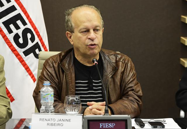 Ribeiro: salto democrático a partir da luta pela qualidade dos serviços públicos. Fotos: Helcio Nagamine/Fiesp