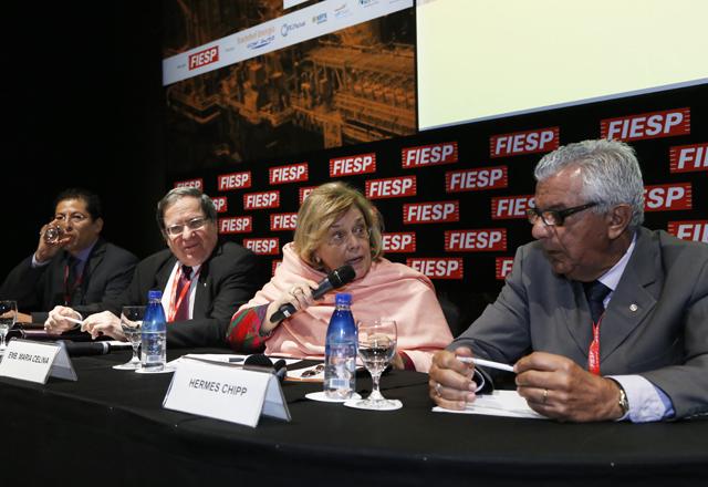 Os debatedores do painel sobre a integração elétrica na América Latina. Foto: Julia Moraes/Fiesp