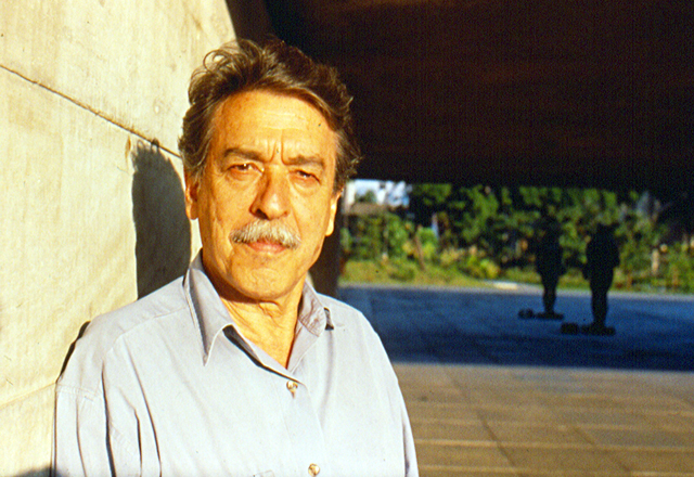 Mendes da Rocha: reforma ampliou o passeio público na frente do prédio. Foto: Lito Mendes da Rocha