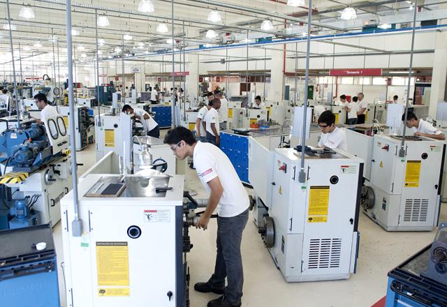 A escola Ítalo Bologna, em Itu: investimentos em cursos técnicos e novos laboratórios. Foto: Everton Amaro/Fiesp
