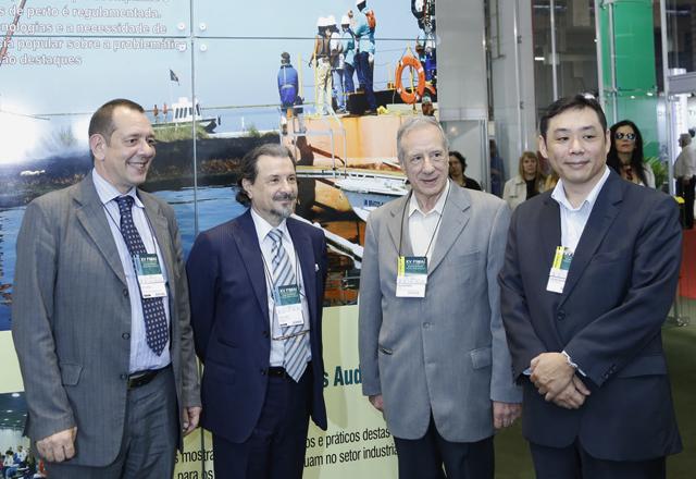 Nelson Pereira dos Reis (o terceiro da esquerda para a direita): crescimento ao longo dos anos. Foto: Everton Amaro/Fiesp