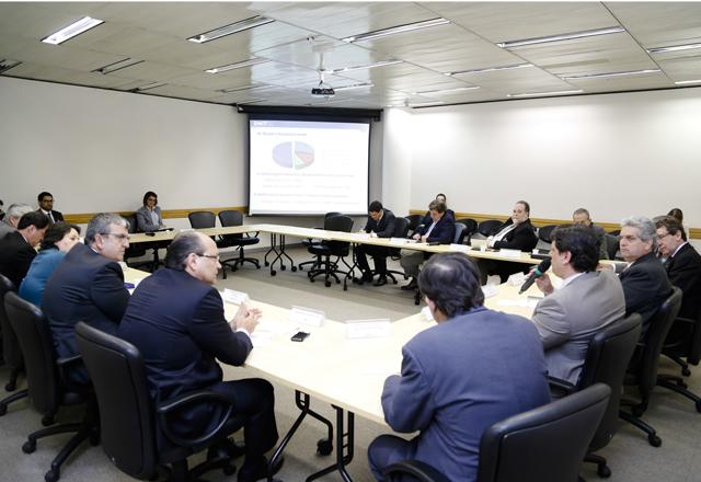 A reunião do Deconcic: crescimento do país ligado ao setor de transportes. Foto: Tâmna Waqued/Fiesp