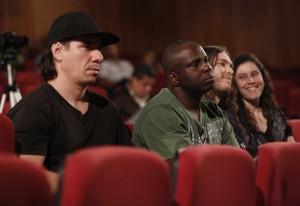 Jean, à esquerda, e Fabrício: curiosos para ouvir Pipi Piazzolla. Foto: Beto Moussalli/Fiesp
