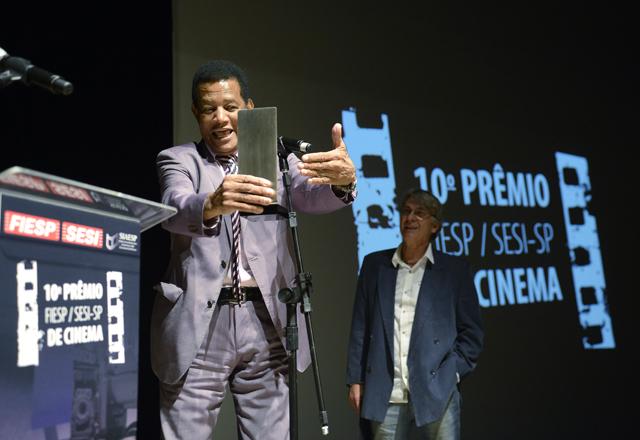 Jair Rodrigues na cerimônia de entrega do 10º Prêmio Fiesp/Sesi-SP de Cinema, em abril. Foto: Everton Amaro/Fiesp