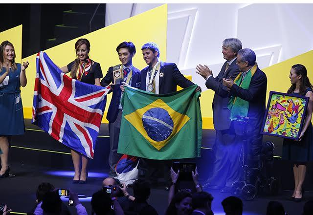 Luis Carlos Sanches Machado Junior, medalhista de ouro, Melhor da Nação e maior pontuador. Foto: Helcio Nagamine/Fiesp