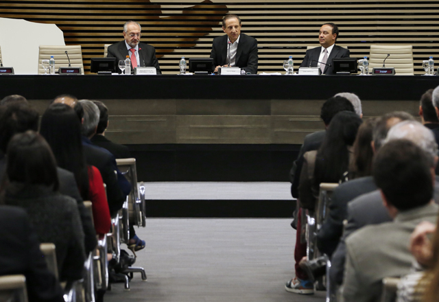 Abertura do Congresso Brasileiro de Direito Digital, com José Renato Nalini, Paulo Skaf e Oziel Estevão. Foto: Ayrton Vignola/Fiesp