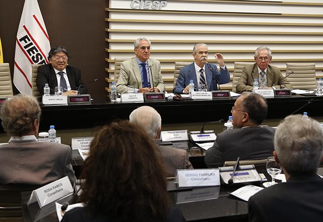 Reunião do Cosema em 28 de março com a participação de João Meirelles, secretário de Energia e Mineração de São Paulo. Foto: Helcio Nagamine/Fiesp