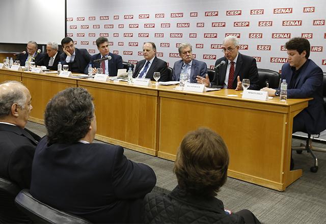 Reunião do Cosag com a participação de Renato Dolci, William Waack e Mendonça de Barros. Foto: Helcio Nagamine/Fiesp